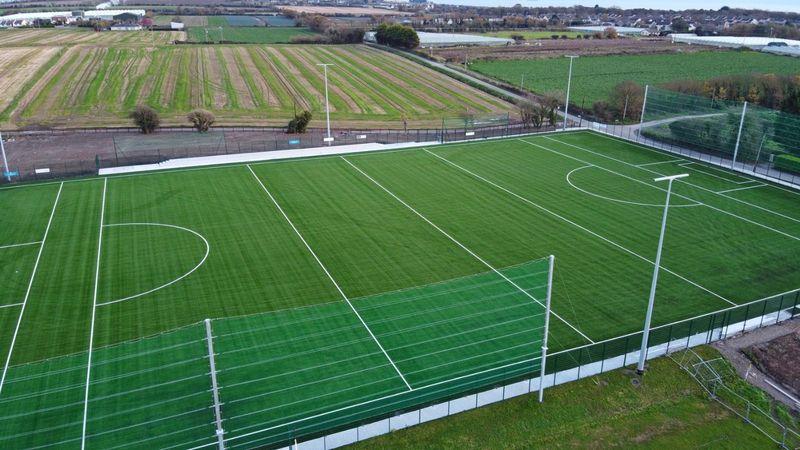 3G pitch half pitch - West End