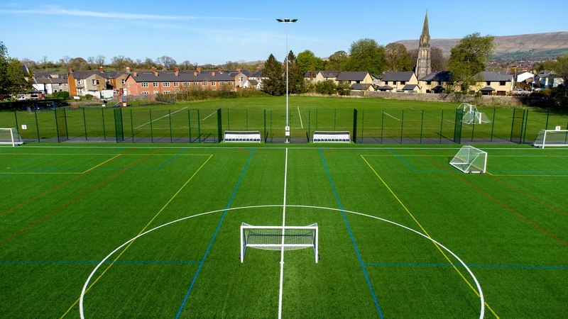 One third of the full 3G - Pitch 1